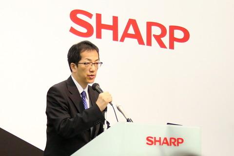 120618_sharp_02_960