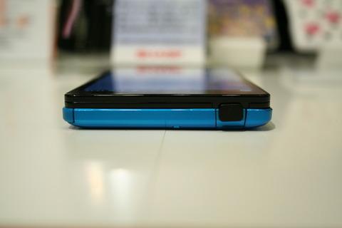 0.4秒の高速カメラ起動!使いやすさもさらに進化した「AQUOS PHONE SERIE SHL21」を写真と動画でチェック【レポート】