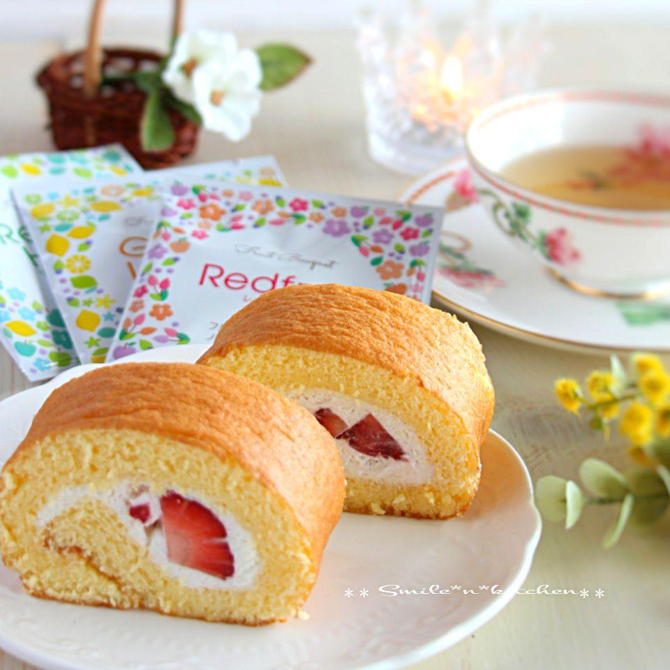 苺のロールケーキ SnapDish 料理カメラ