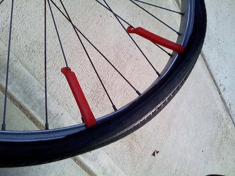 自転車の 自転車のタイヤ交換 自分で : 自分で自転車タイヤの交換 ...