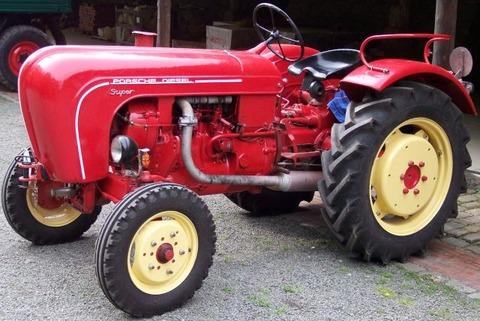 Porsche_Traktor_Diesel_Super