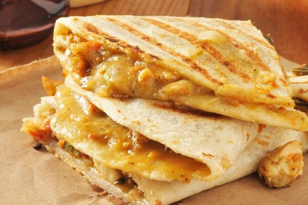 copycat-taco-bell-chicken-quesadillas_37161