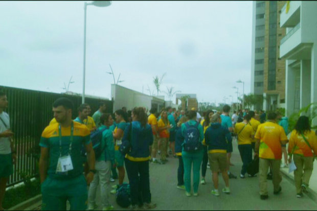 Fire-at-Rio-Olympic-village-533931