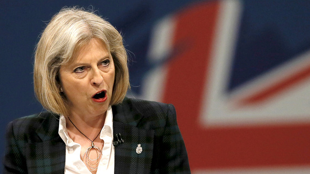 09_theresamay_r_w