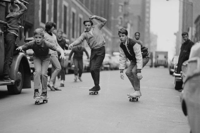 F02%2FSkateboarders-5