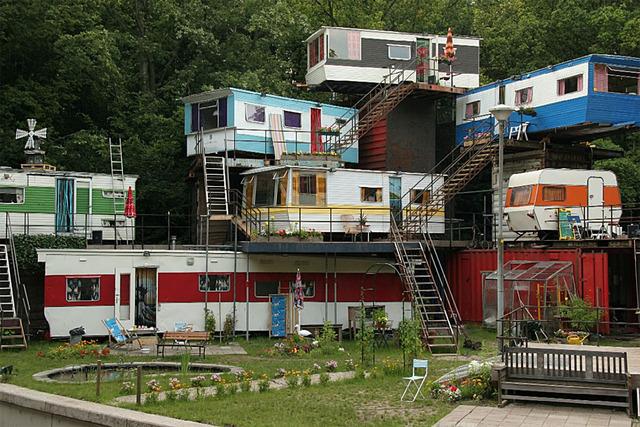 redneck-mansion