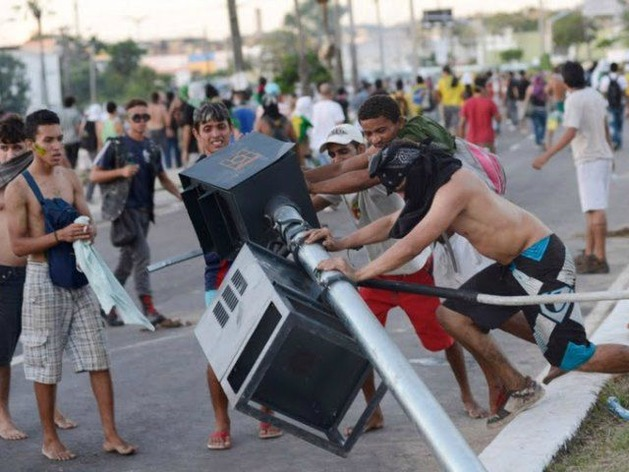 brazil-riot-reuters