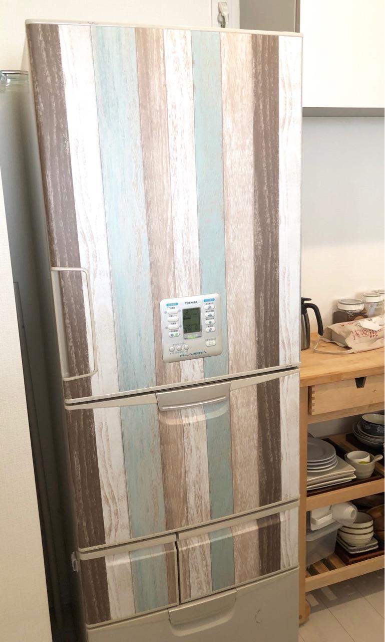 冷蔵庫 リメイク シート 簡単な方法で冷蔵庫リメイク・おしゃれなレイアウトが勢ぞろい!