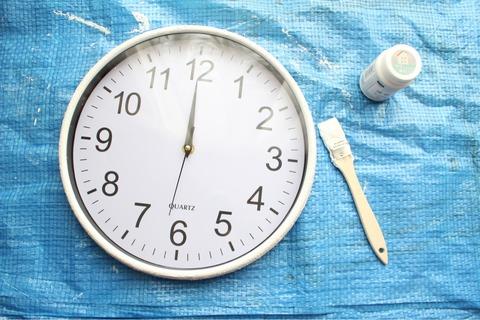 ウォールクロック ダイソー 漆喰塗料 時計リメイク