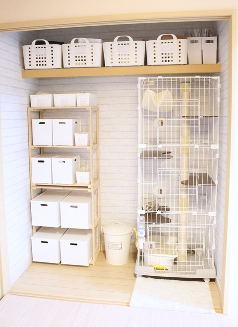 押入れ収納 DIY 押入れ改造 リメイクシート 白レンガ 猫