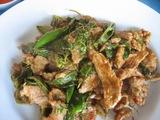 ガチョウの肉の辛い炒め物
