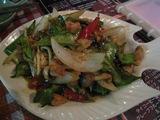 鶏肉と四角豆のこしょう炒め