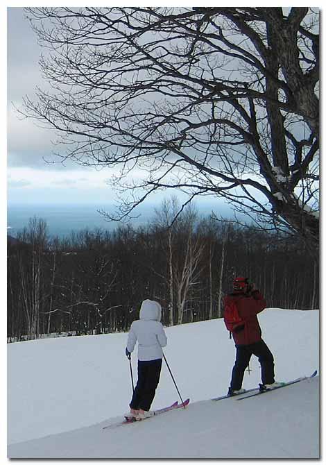 朝里スキー場の蕎麦屋親爺と女将