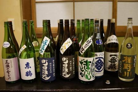 03_酒商たかのご用意日本酒01