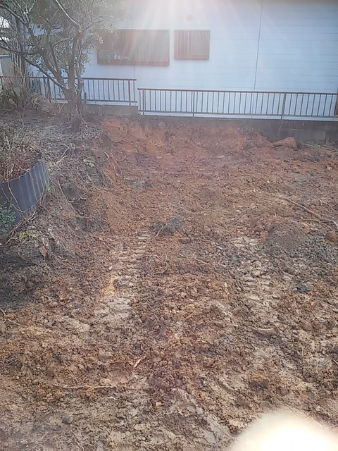 20160113_01井戸埋め前庭作業後