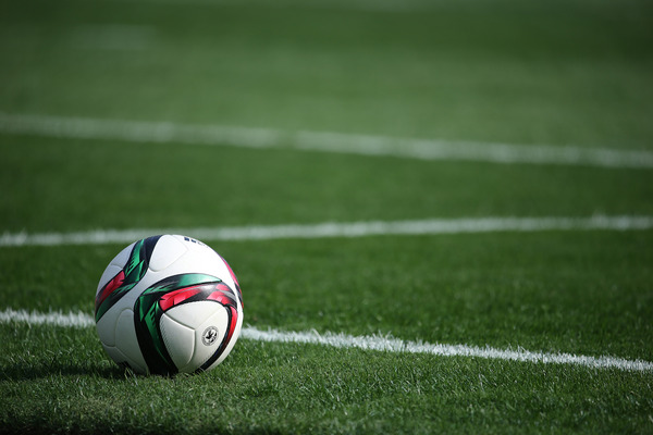日本って何でサッカーそんな強くないの?