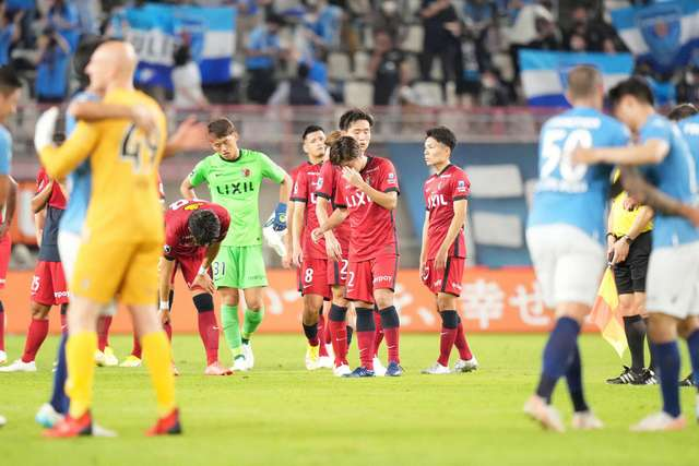 【鹿島アントラーズ】最下位・横浜FCに敗れサポーター大暴れ!
