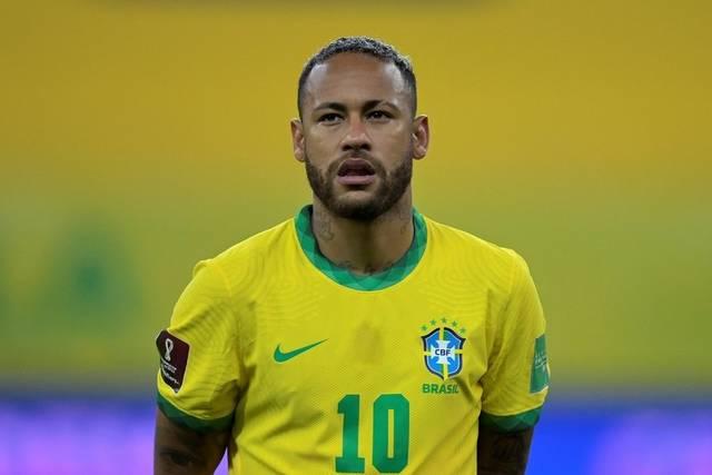 ネイマール、22年でのブラジル代表引退を表明