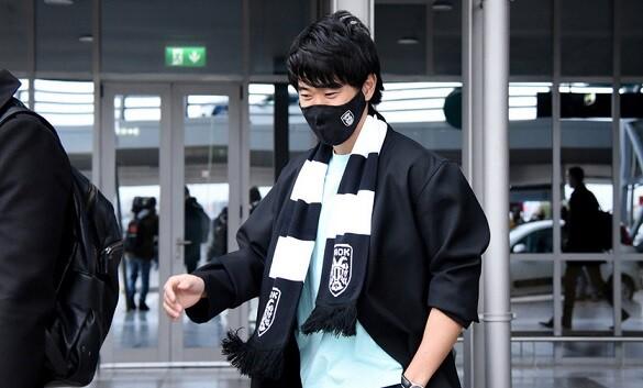 【悲報】PAOK香川、使い物にならな過ぎて「永久ブラックリスト入り」と報道されてしまう…