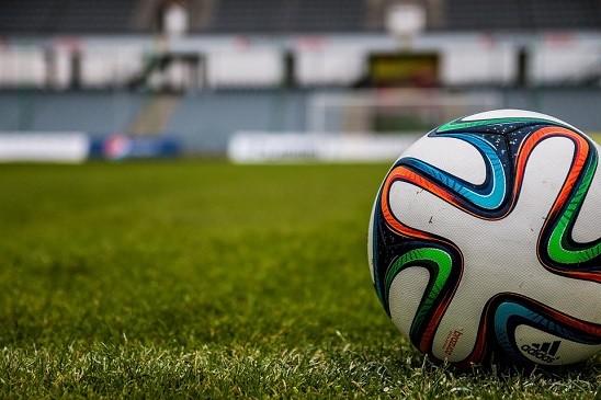 【悲報】高校女子サッカーの現状が切ない・・・