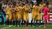【悲報】オーストラリア代表、チーム全員で朝までサウジ戦を観戦していた