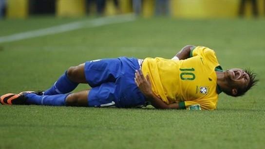 サッカー好きな奴ってあの「痛いよ痛いよ~(ゴロンゴロン」についてはどう思ってるの?