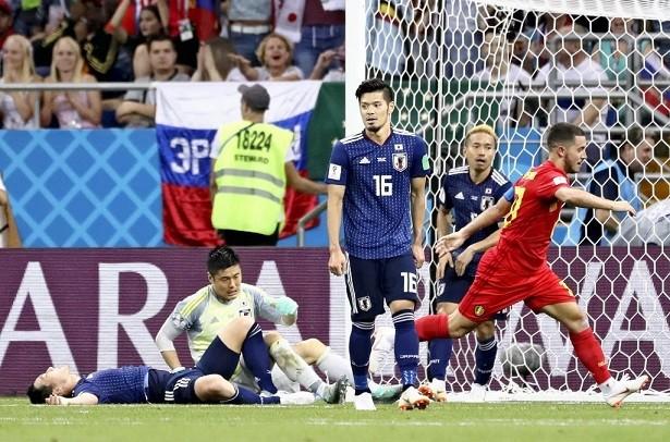決勝ゴールを決められ唖然とする日本の選手達
