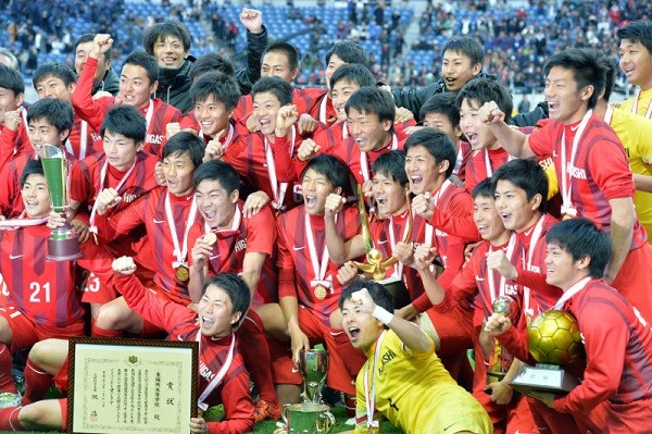 東福岡高校サッカー部約270名←これ