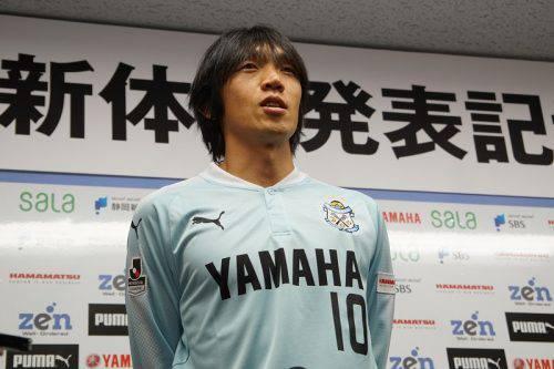 俊さんが磐田に移籍したからファンクラブを乗り換えるって奴何なの?