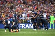 フランスがクロアチアを4-2で破り20年ぶりの優勝!ムバッペが決勝でもゴール!