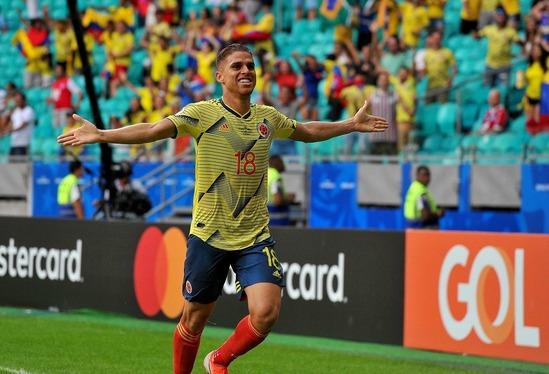 パラグアイ戦でゴールを決めたグスタボ