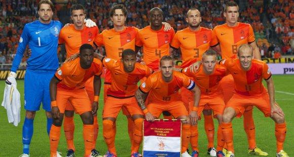 オランダ代表FIFAランキング21位←ファッ!?