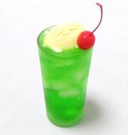 中村俊輔は若い頃から酒飲まず、たばこ吸わず、オフに1回のクリームソーダで我慢