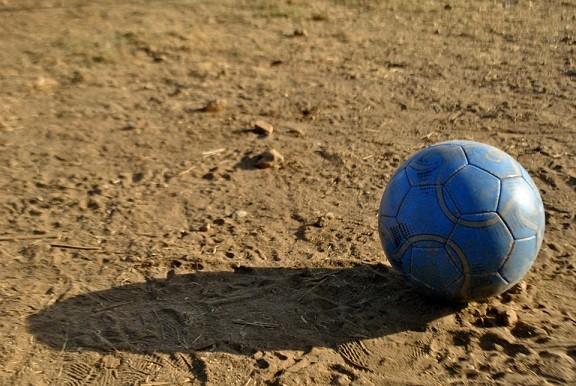 サッカーボール(土)