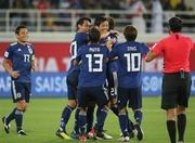 日本、ウズベクに2-1で勝利し1位通過!武藤&塩谷がゴール!