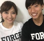 大津と久富アナ