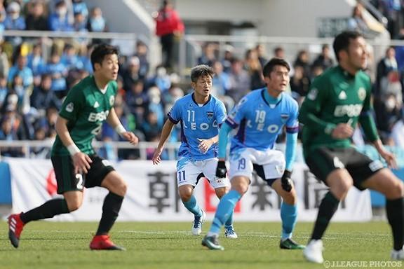 冷静に考えて、三浦カズが未だに現役プロサッカー選手なのって凄くね?