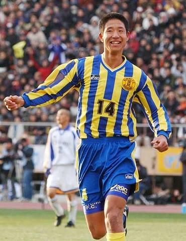 平山相太とかいう実に残念なサッカー人生を送ってる選手