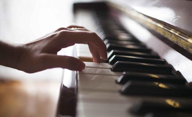 絶対音感あってピアノ習ってる息子が「サッカーやりたい」って言ったらお前らどうする?