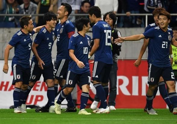 ウルグアイ戦に勝利した日本代表