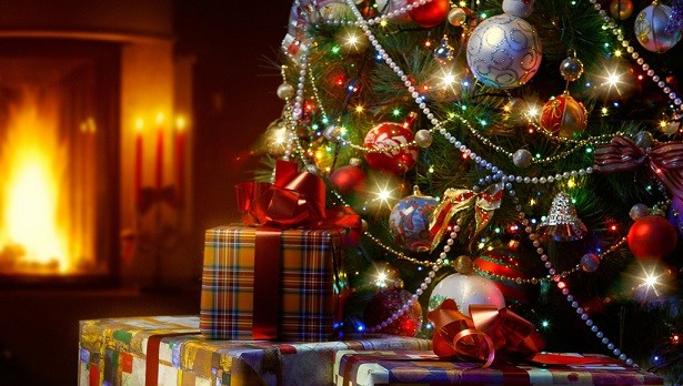 お前らクリスマスの予定は?管理人は焼肉食いに行って明石家サンタ実況