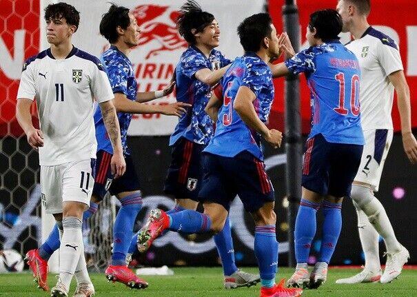 日本、セルビアに1-0で勝利!伊東が先制弾!代表デビューのオナイウは躍動!