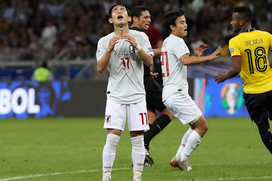 日本代表、決勝トーナメント進出ならず!  中島が先制ゴールを決めるも追いつかれエクアドルと引き分ける