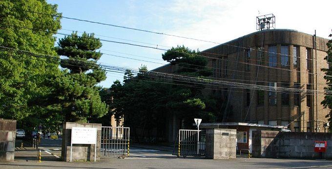 Tohoku_University(Katahira_north_gate)