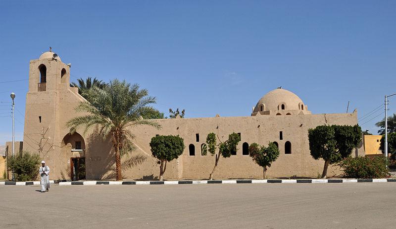 800px-Gurna_Mosque_R01
