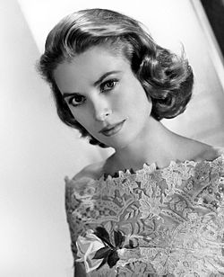 Grace_Kelly_MGM_photo