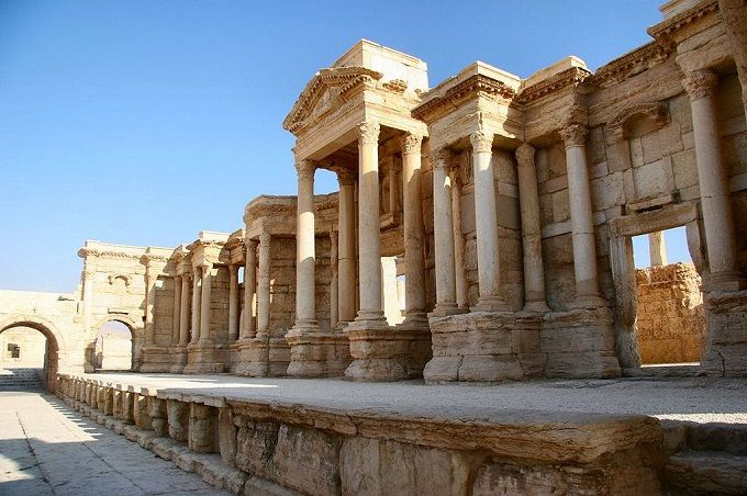 1024px-The_Scene_of_the_Theater_in_Palmyra