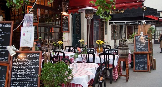 Restaurant_rue_Mouffetard_à_Paris