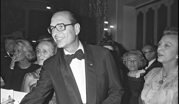 jacques-chirac-en-smoking