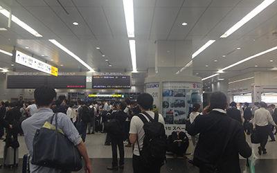 新大阪駅・午前2時